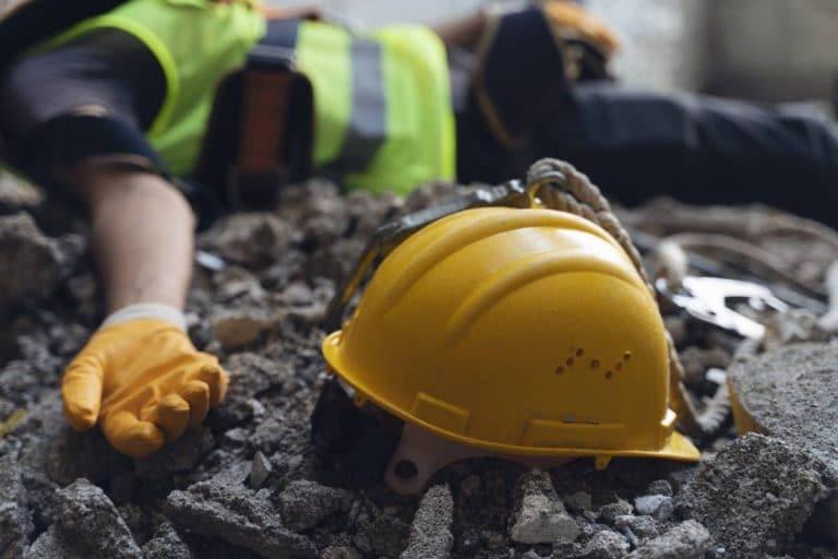 Accident sur un chantier : responsabilités et démarches